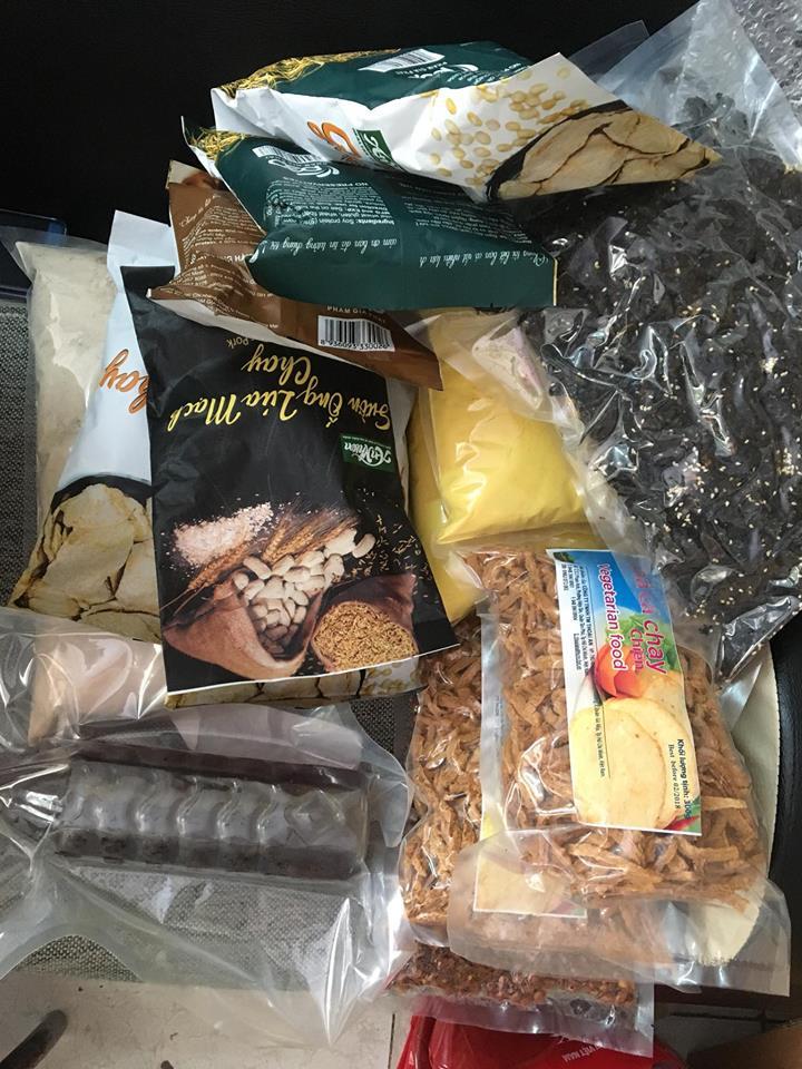 Gửi đồ dùng, thuốc, thực phẩm đi nước ngoài giá rẻ